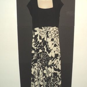 Tommy Bahama Size XL Long Dress Black & Cream